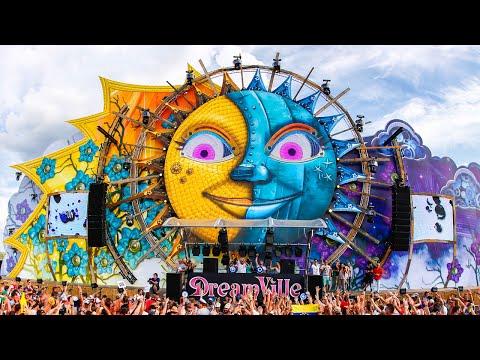Top 5 biggest music festivals